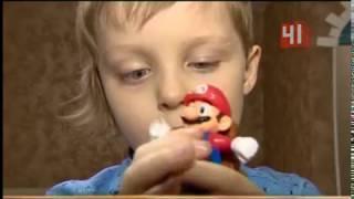 Мальчик с ухом на шее нуждается в операции