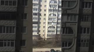 С помощью связанных простыней житель Ставрополя поднял пакет на 6 этаж