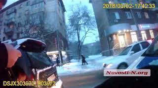 """Видео """"Новости-N"""": """"Мицубиси"""" въехал в """"Мерседес"""", виновник ДТП бывший высокопоставленный милиционер"""