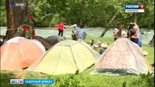 Туристы массово едут в Архыз