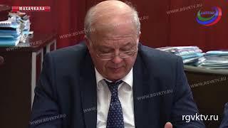 В Махачкале обсудили план мероприятий по празднованию Дня России
