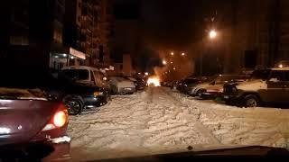 Ночью в Воронеже вспыхнула новая «Лада»: огонь перекинулся на другие авто