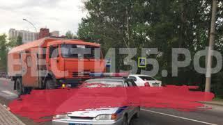 КамАЗ сбил пешехода в Вологде: мужчина погиб на месте