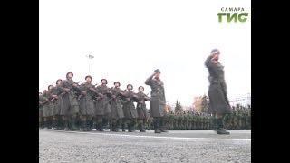 Авиация в небе. Тысячи военных на площади Куйбышева. Самара вспоминала парад 7 ноября 1941-го года