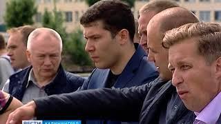 Алиханов проинспектировал реконструкцию на острове Октябрьском