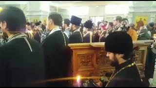 Панихида по погибшим на пожаре в Кемерове