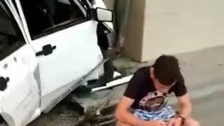 Машина влетела в кафе в Минеральных Водах
