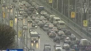 Город стоит: ледяной дождь спровоцировал в Ростове 9-балльные пробки