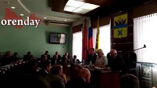 8 октября 2018 года депутаты лишили полномочий Евгения Арапова