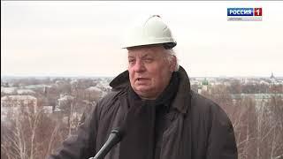 На звонницу Костромского Кремля сегодня подняли три самых больших колокола