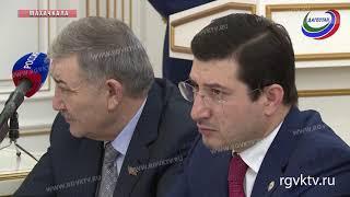 Глава Дагестана Владимир Васильев провел рабочее совещание