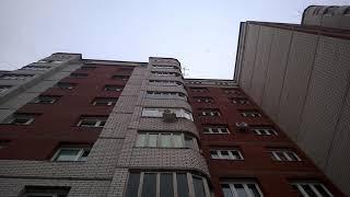 Сыктывкарец выпал из окна дома