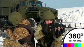 СОБР, ОМОН и спецназ провели совместные учения в Балашихе