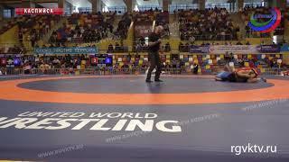 На молодежном ЧЕ по спортивной борьбе в спор за медали вступили «вольники»