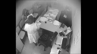 Главврача перинатального центра заподозрили в 3 взятке