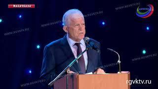 В Дагестане в честь юбилея Расула Гамзатова проходит международный фестиваль «Дни Белых журавлей»