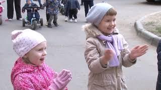 """Компания """"Т-Плюс"""" подарила маленьким саратовцам детскую площадку"""