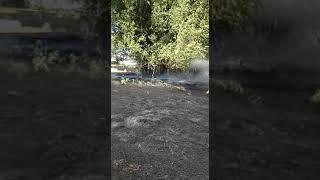 В Нефтекумском районе спасатели потушили поле пшеницы