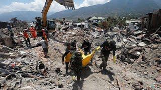 150 тысяч остаются под завалами на Сулавеси