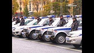 Общегородской строевой смотр самарского гарнизона полиции прошел на площади Куйбышева