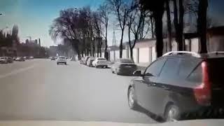 Лихач на Шолохова 11.4.2018 Ростов-на-Дону Главный