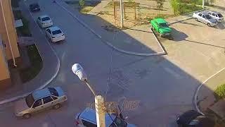 ДТП (авария г. Волжский) пр. Ленина 170 и 166 (площадка между домами) 18-06-2018 17-16