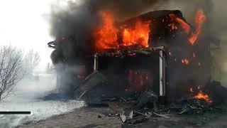 Крупный пожар в Новосибирской области: взорвался баллон с газом
