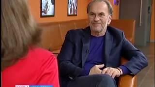 Народный артист России Алексей Гуськов один день провел в Красноярске