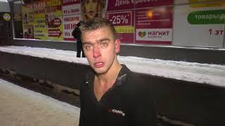 МП Разбил стекло у входа в магазин на ул  Московской #5