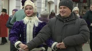 В День рождения Золотого кольца ярославцы станцевали кадриль