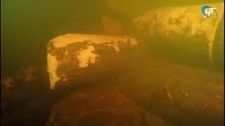 Подводные археологи нашли на дне Волхова остатки моста, который соединял берега еще в 10-м веке