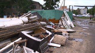 В пензенском микрорайоне Север мусор не вывозят около года