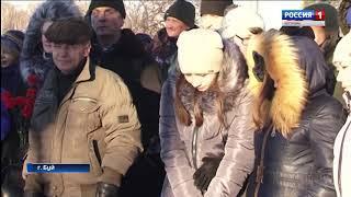 В Буе открыли памятник землякам-флотоводцам