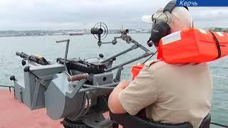 Пограничники УФСБ России по Крыму отработали основные методы борьбы с морскими угрозами